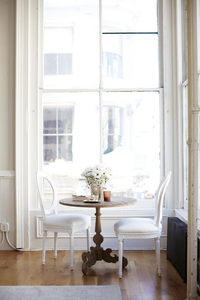 light-and-airy-sitting-area