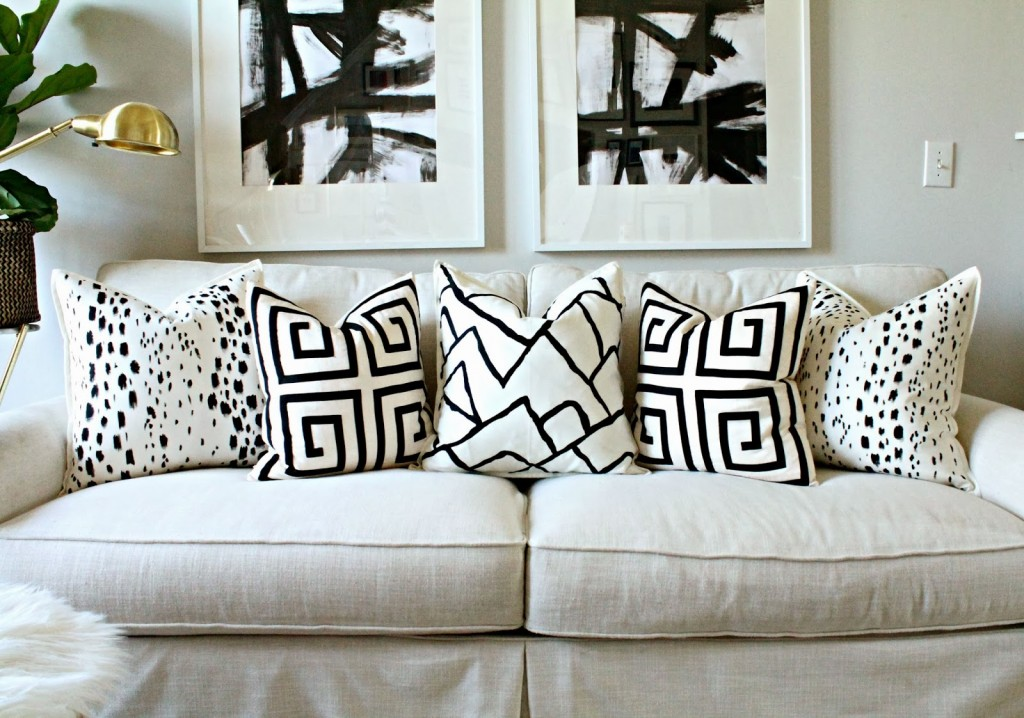 diy-designer-pillow-knockoff-9