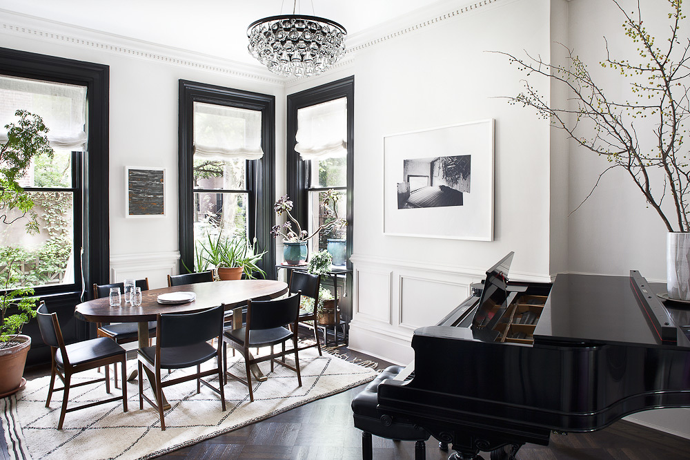 Design Ideas Black Trim White Walls Ashlina Kaposta