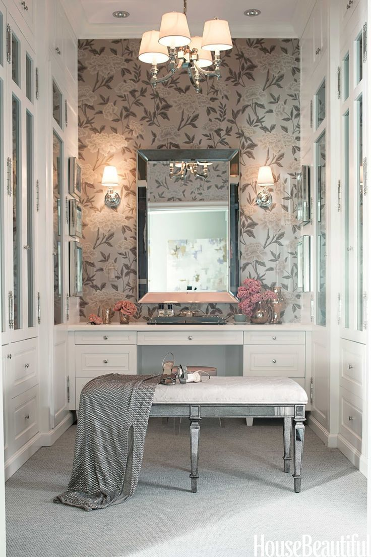 Essentials For The Perfect Vanity Area