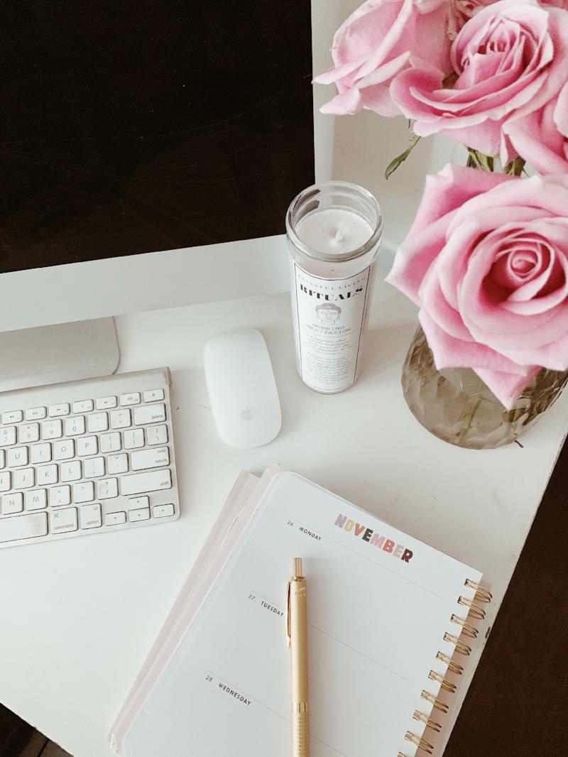 blissful desk