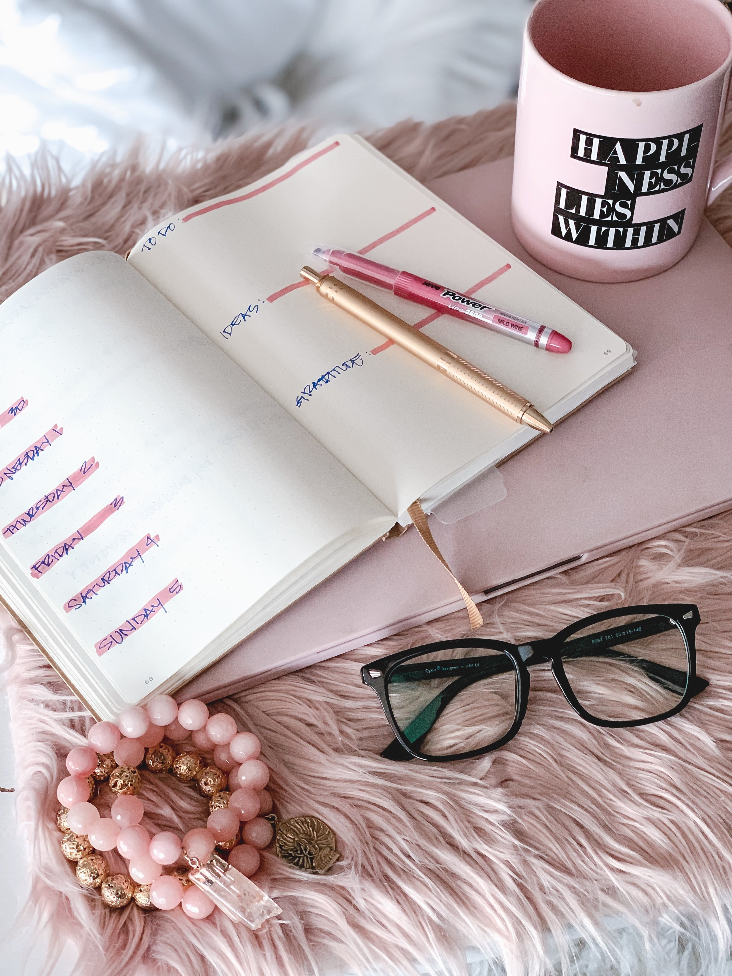 bullet journaling pink