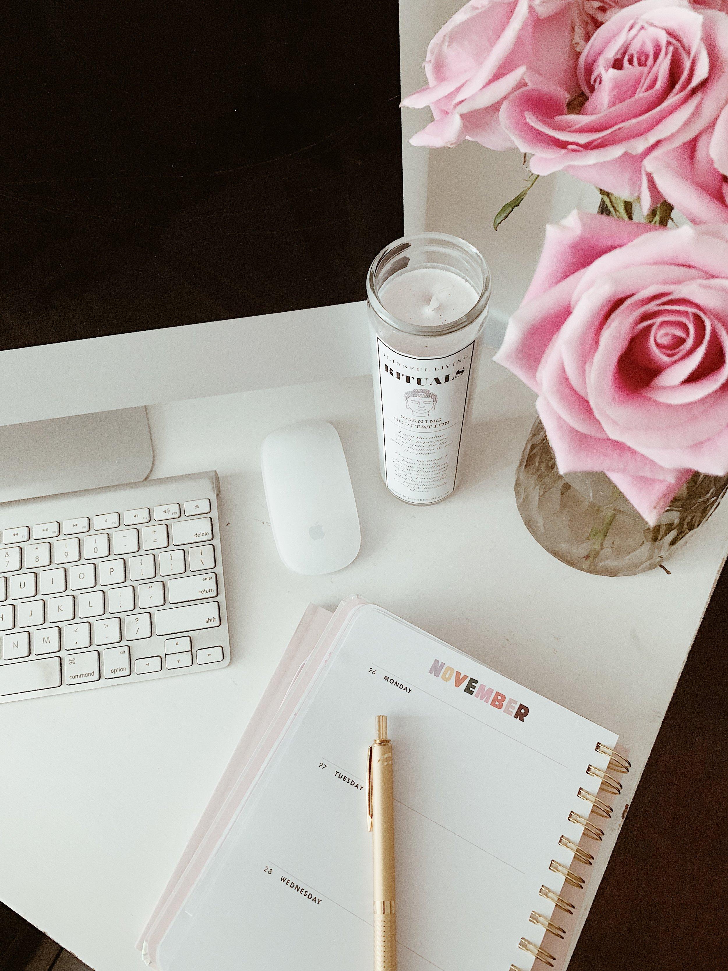 blissful desk vibes