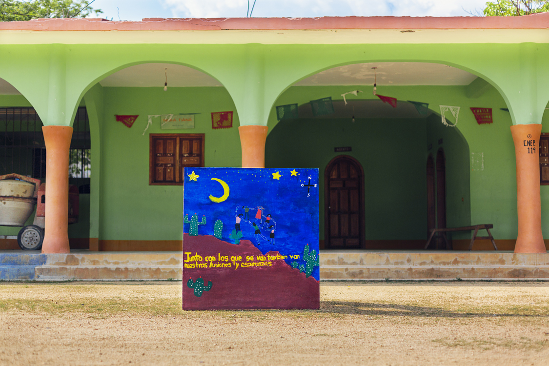 PinturasLejos2-Garfias-Baja.jpg
