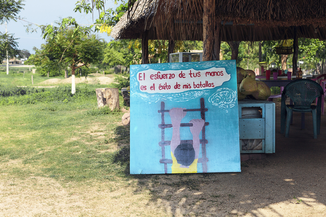 PinturasLejos3-Garfias-Baja.jpg