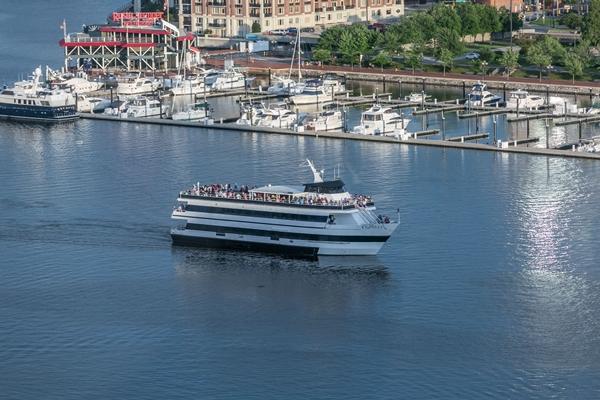 cruise1 - 600.jpg
