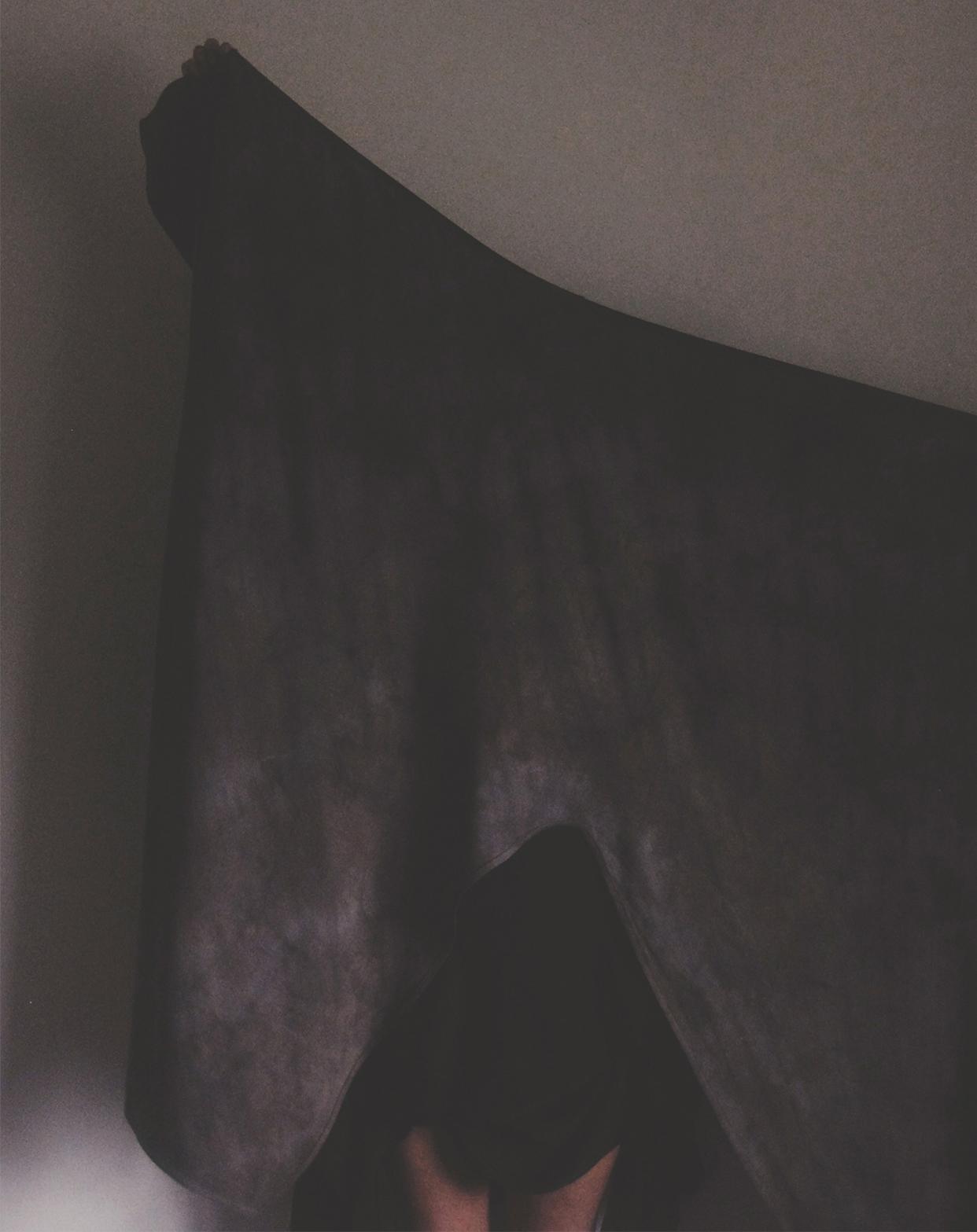 linen hold up2.jpg