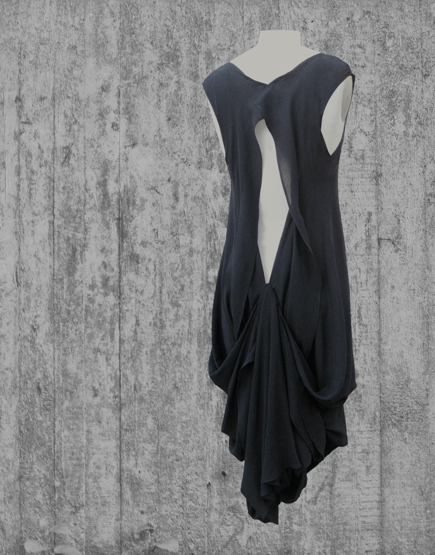 little black dress back.jpg