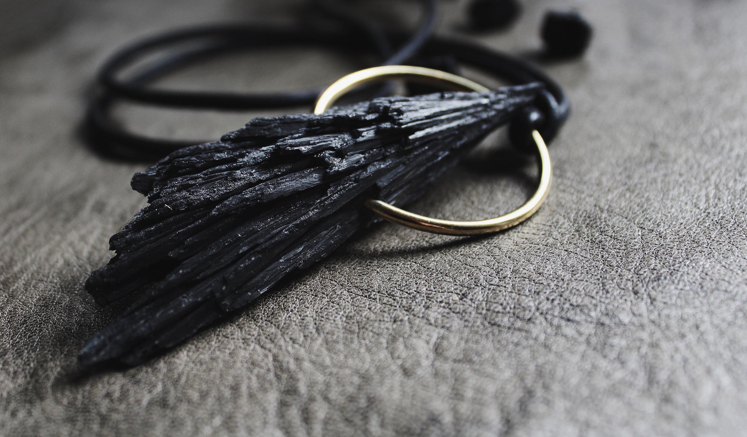 kyanite ring final 2.jpg