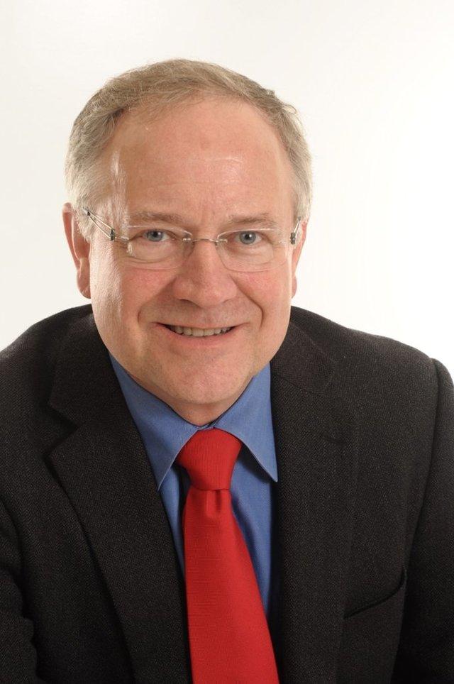 Dr. Robert Prehn -