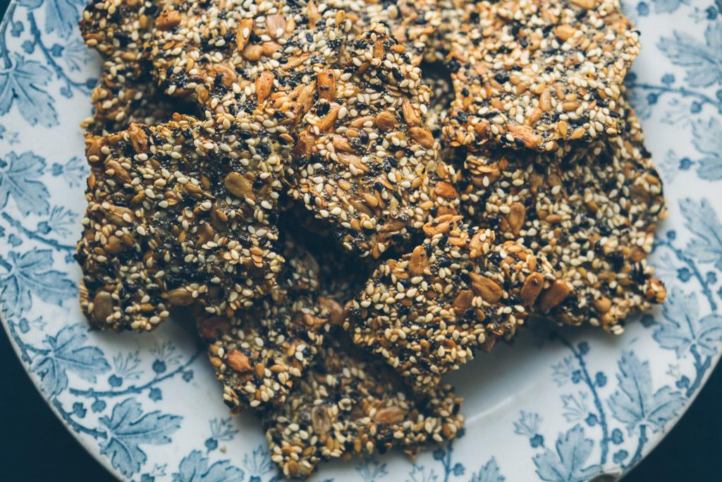 easy gluten-free seed crackers // image by Olaiya Land