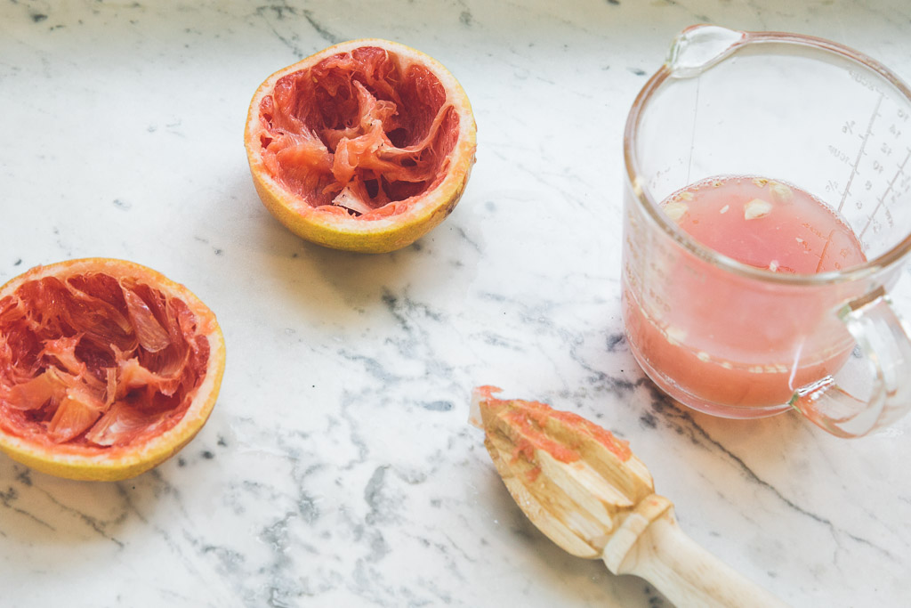 grapefruit-sage margaritas on millys-kitchen.com