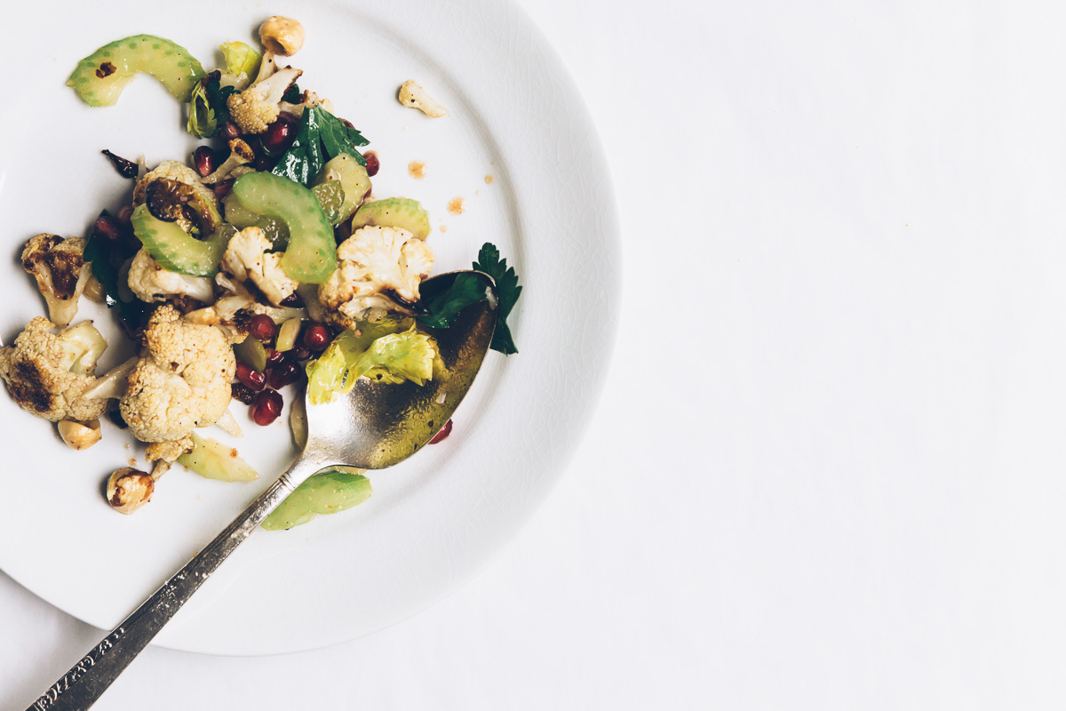 roasted cauliflower and hazelnut salad on millys-kitchen.com