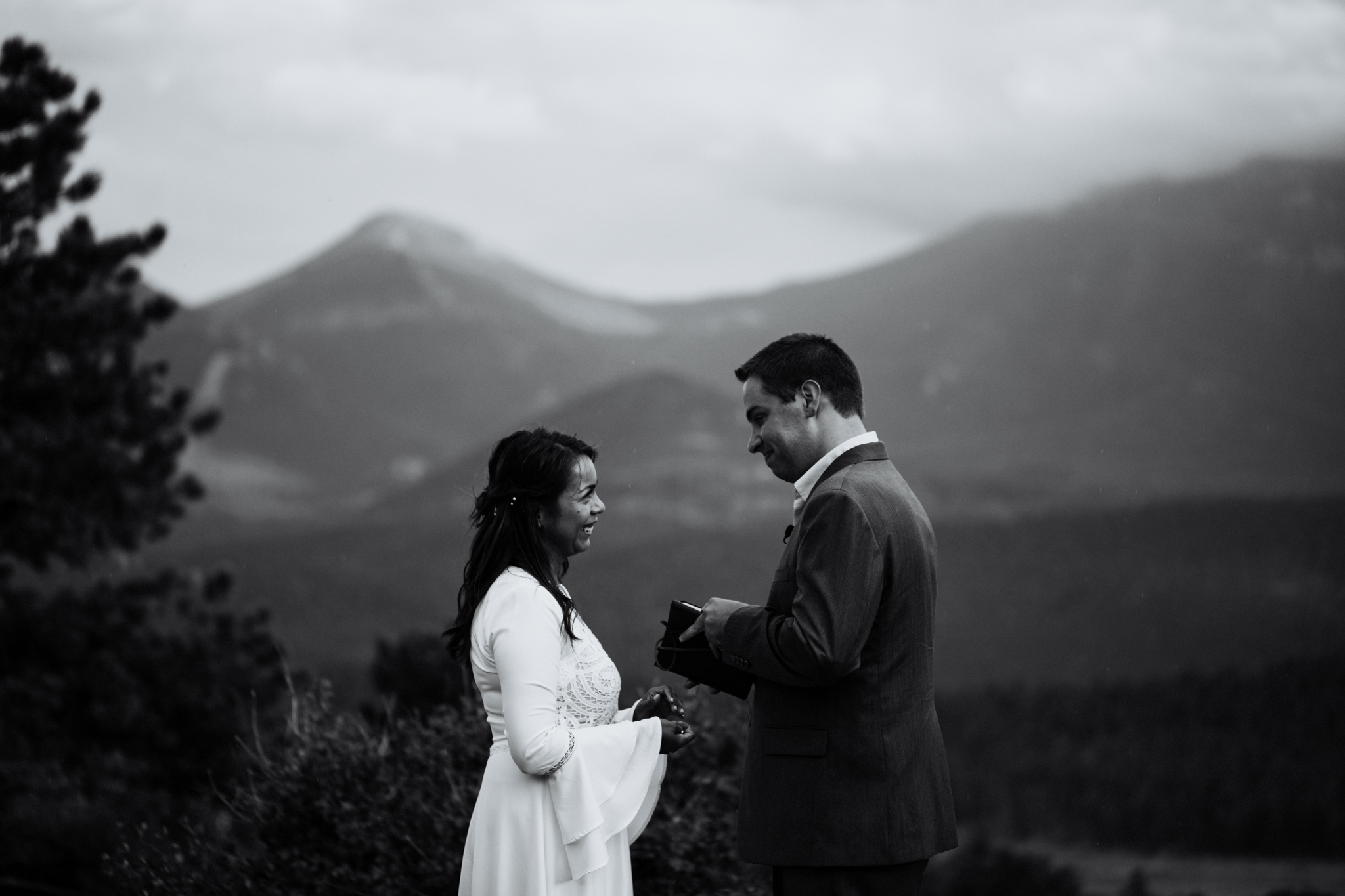 Destination Elopement Photographer - Vow of the Wild - Rocky Mountain National Park - Hiking Elopement - 3M Curve Ceremony