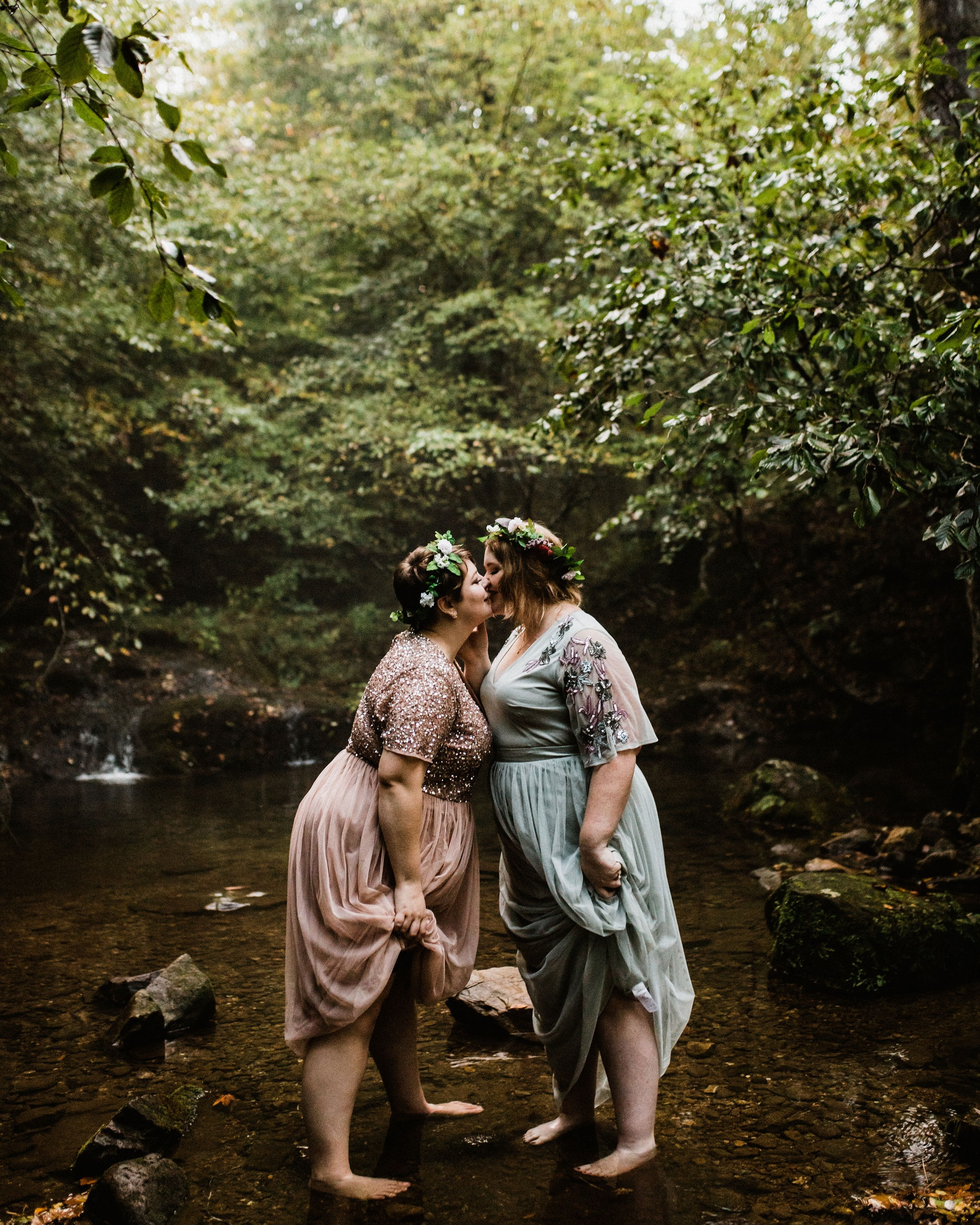 Forest-elopement-photographer