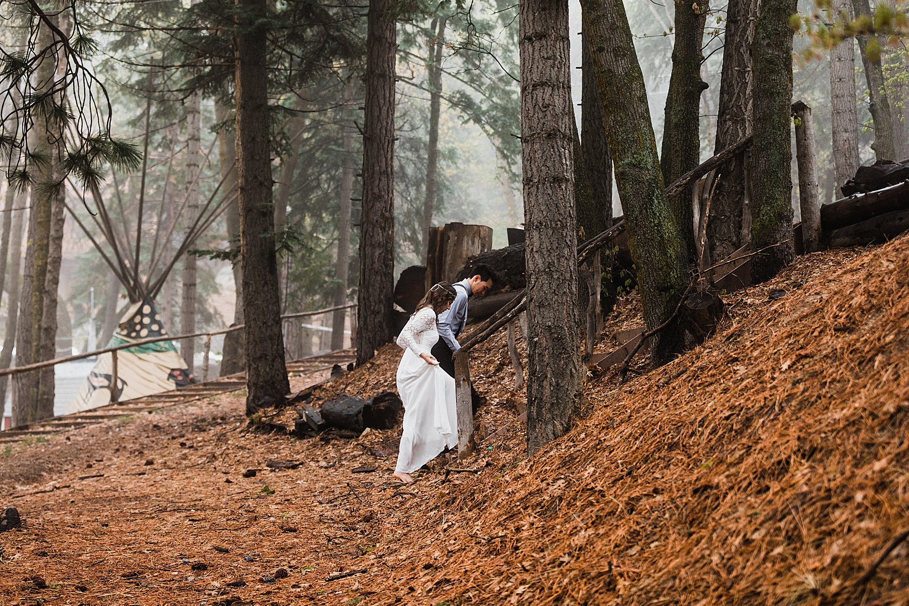 Foggy-California-Forest-Elopement-Photographer024.jpg