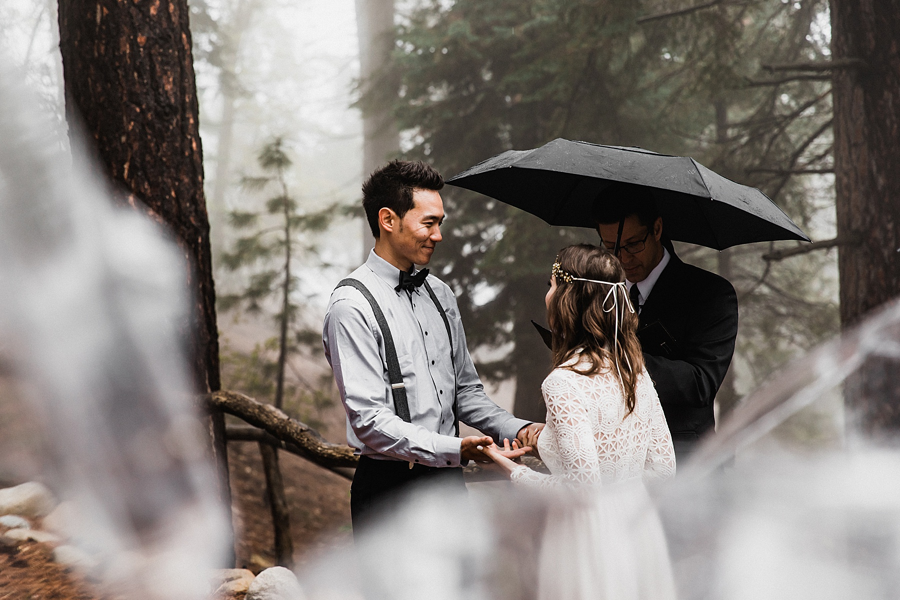 Foggy-California-Forest-Elopement-Photographer041.jpg