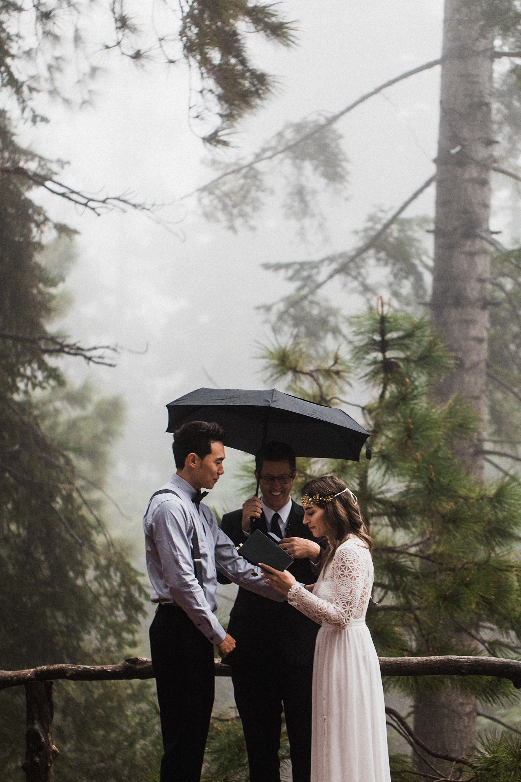 Foggy-California-Forest-Elopement-Photographer045.jpg