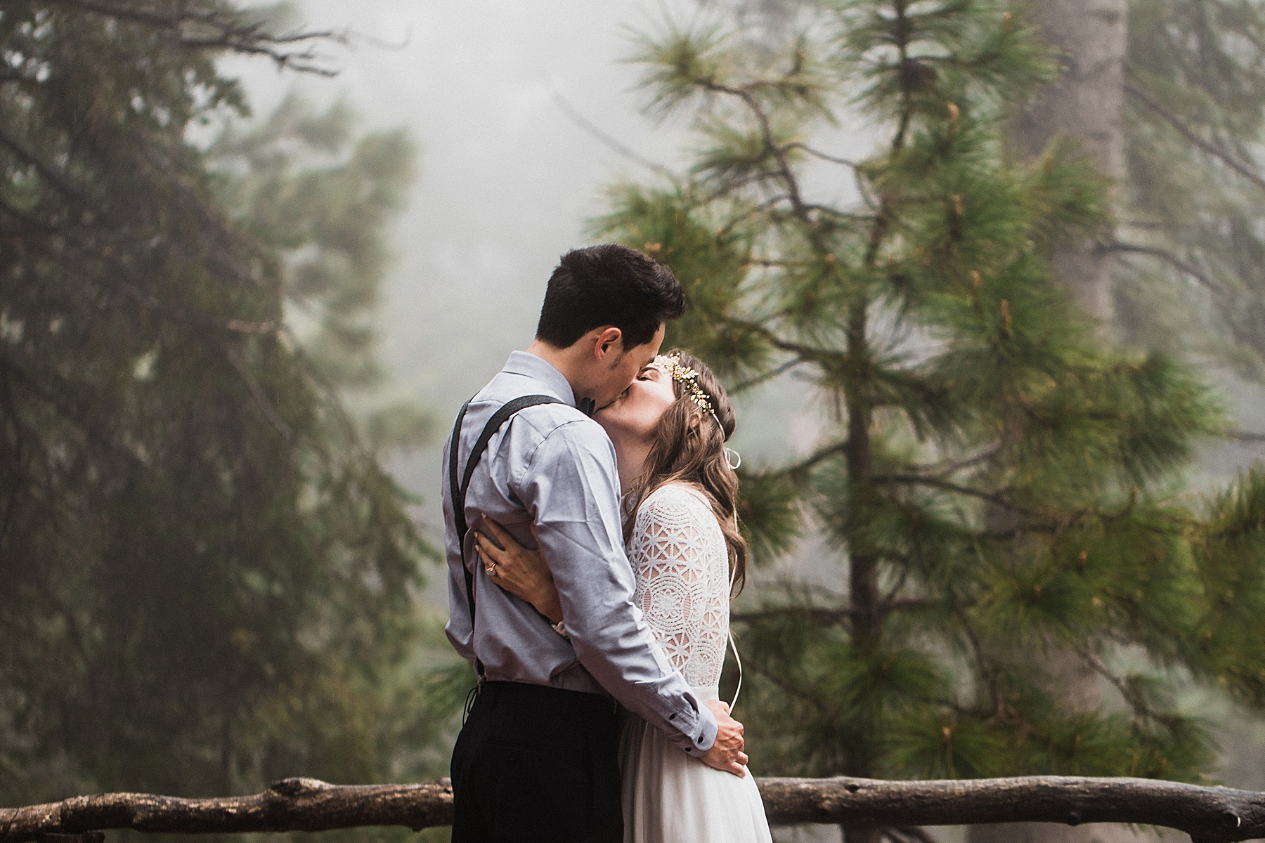 Foggy-California-Forest-Elopement-Photographer050.jpg
