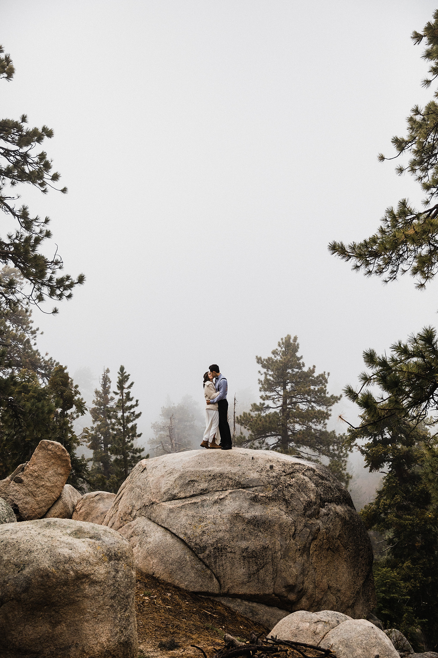 Foggy-California-Forest-Elopement-Photographer081.jpg