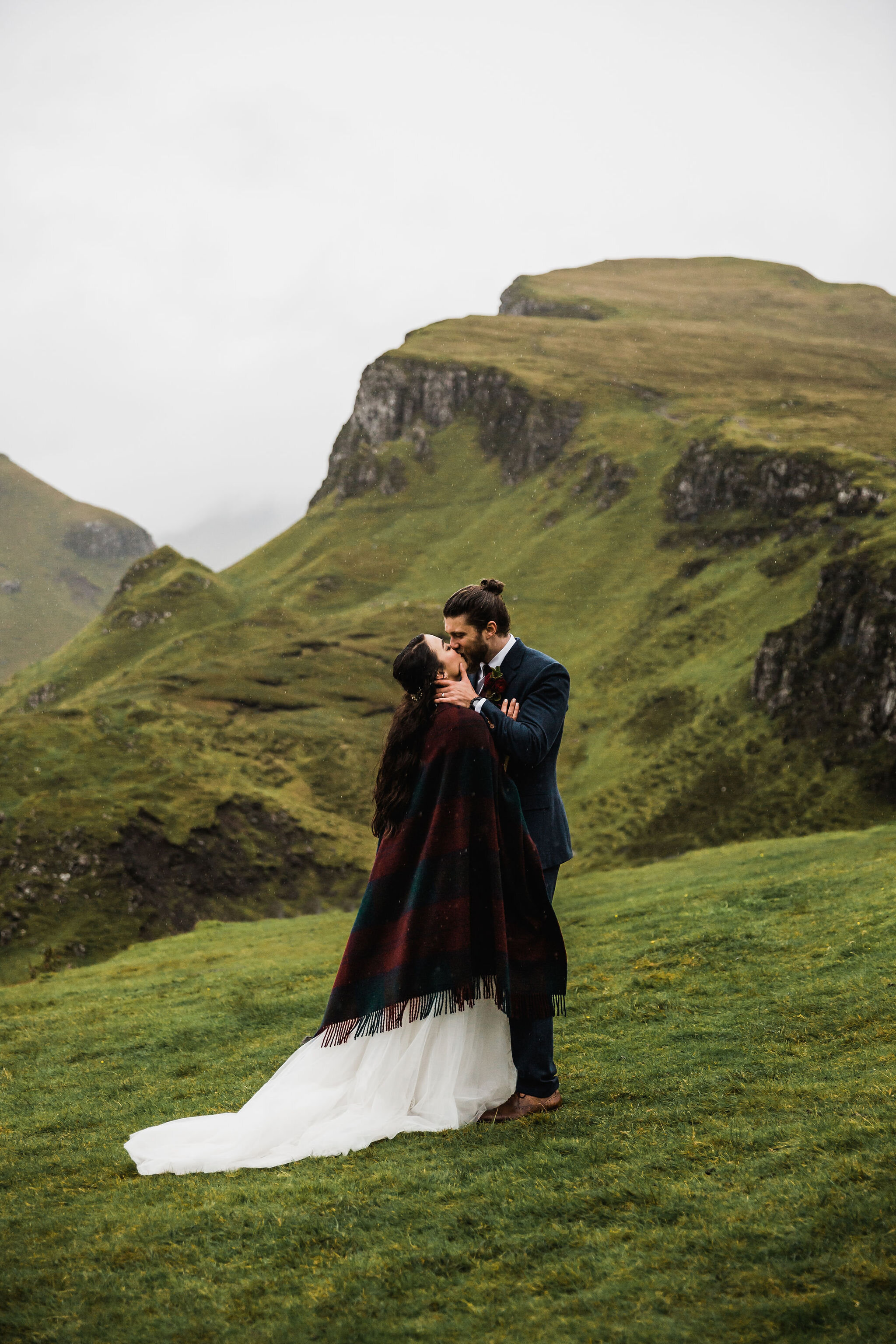Destination-Elopement-in-Isle-of-Skye.jpg