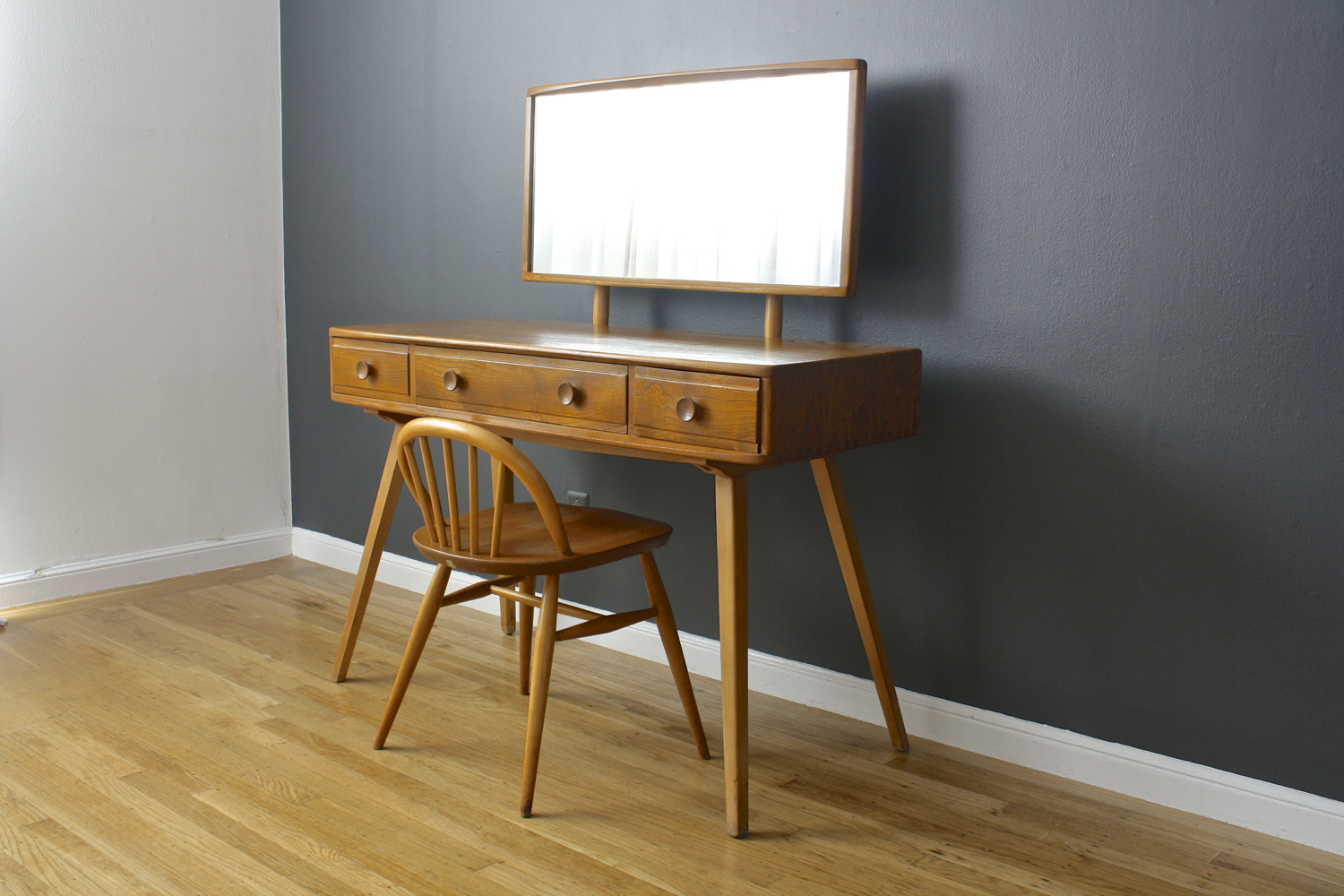 Vintage Dressing Table by Lucian Ercolani for Ercol