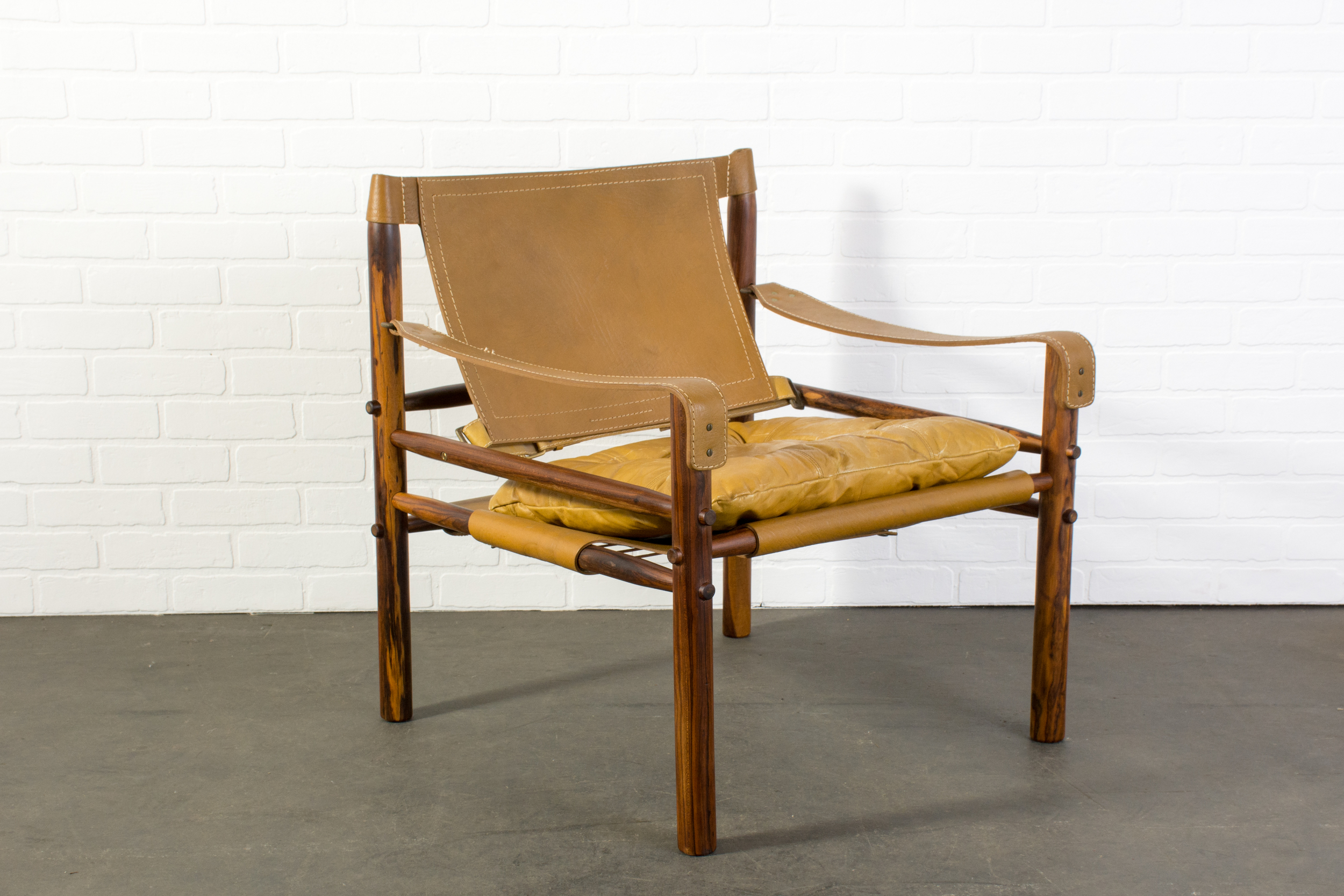 "Vintage Mid-Century ""Sirrocco"" Safari Chair by Arne Norell"