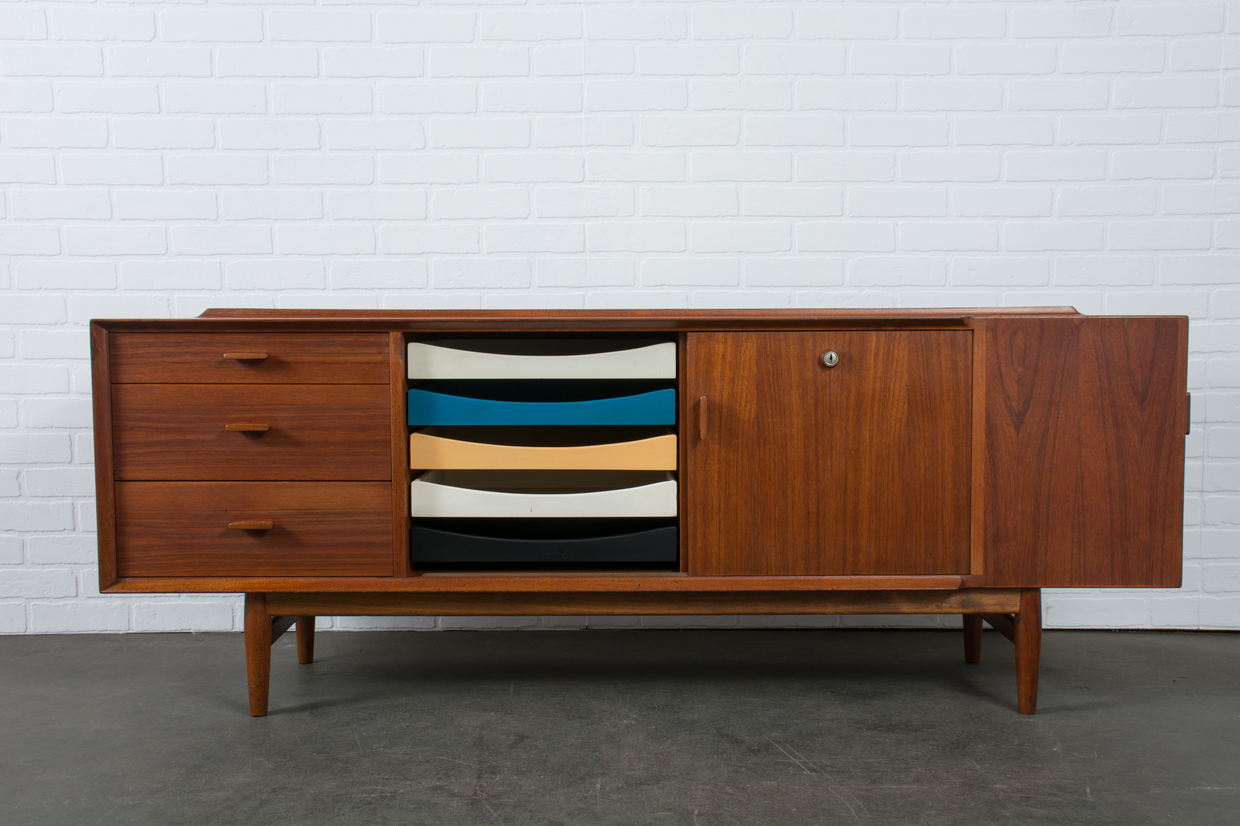 Copy of Vintage Mid-Century Sideboard by Arne Vodder