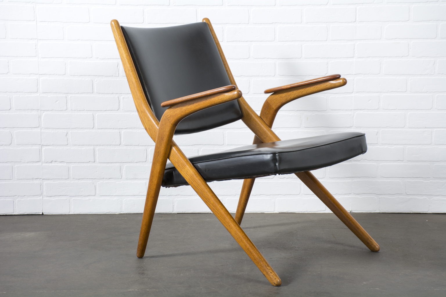Vintage Mid-Century Lounge Chair