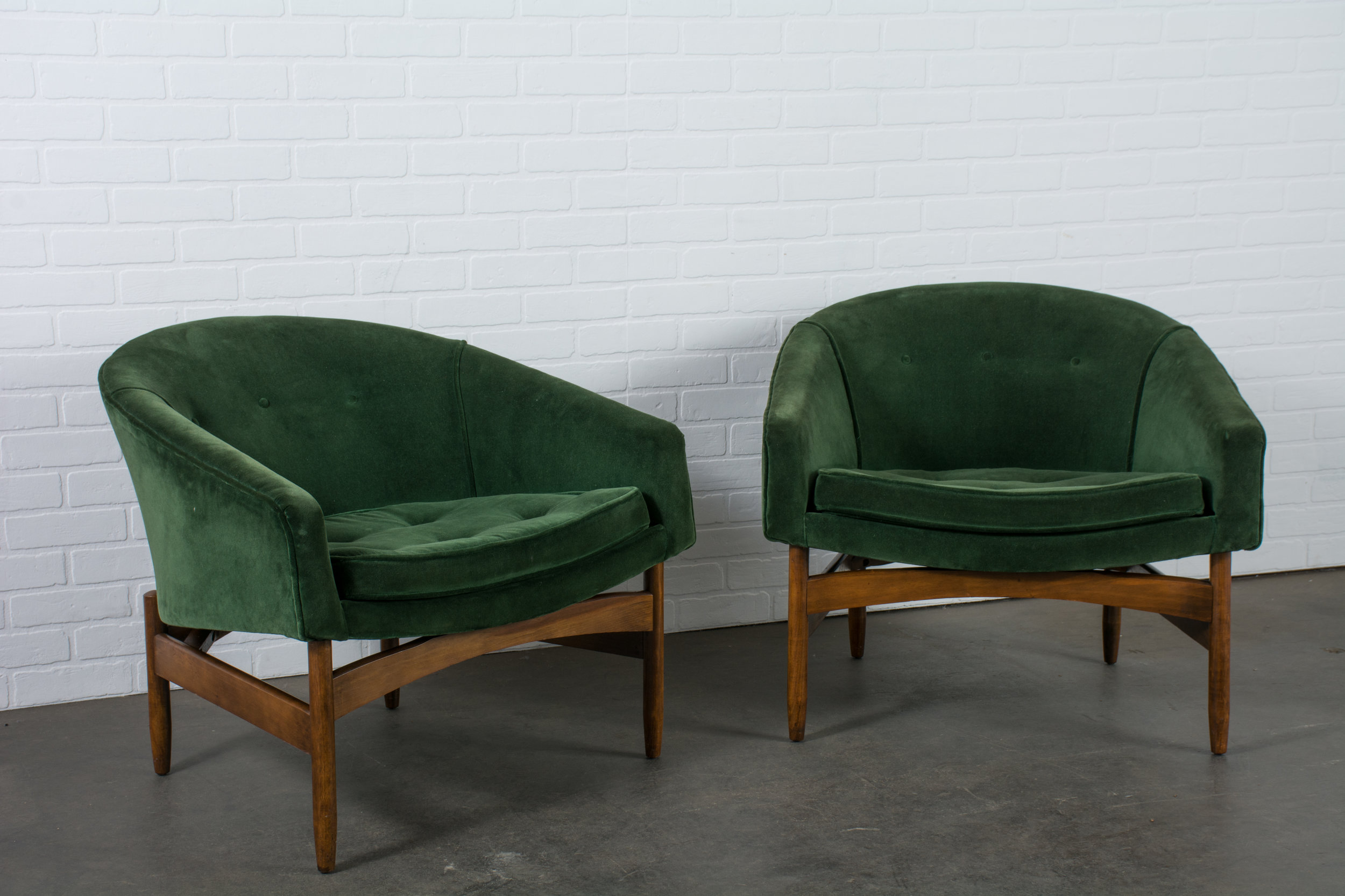 Mid-Century Barrel Back Lounge Chairs by Lawrence Peabody for Nemschoff