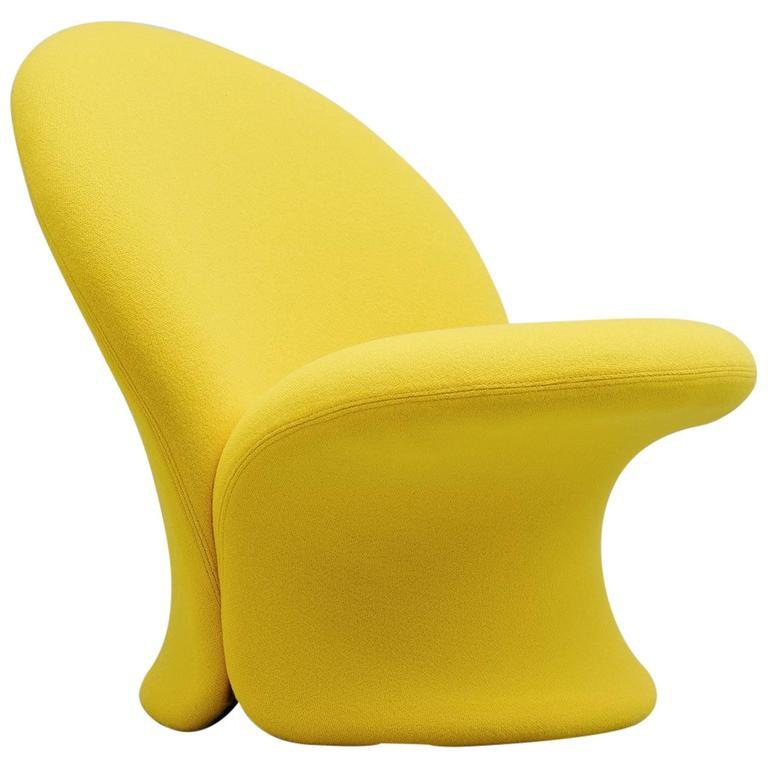 F572 Chair. Photo: 1stdibs/Mass Modern Design