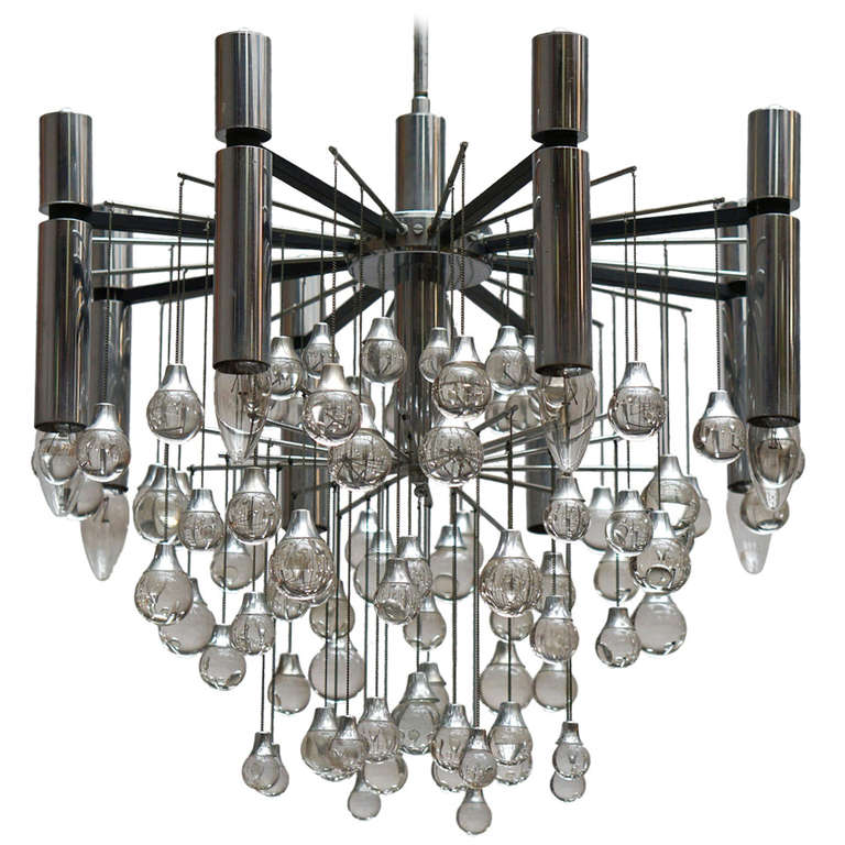 Gaetano Sciolair Chandelier | Photo: Flower Mountain/1stdibs
