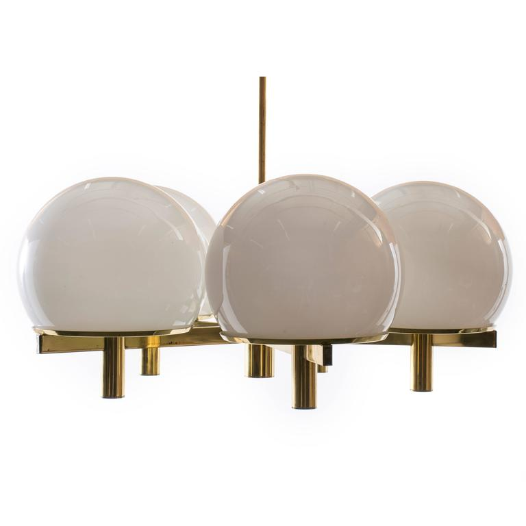 Gaetano Sciolari 'Club' Chandelier | Photo: Mid-Century Modern Finds