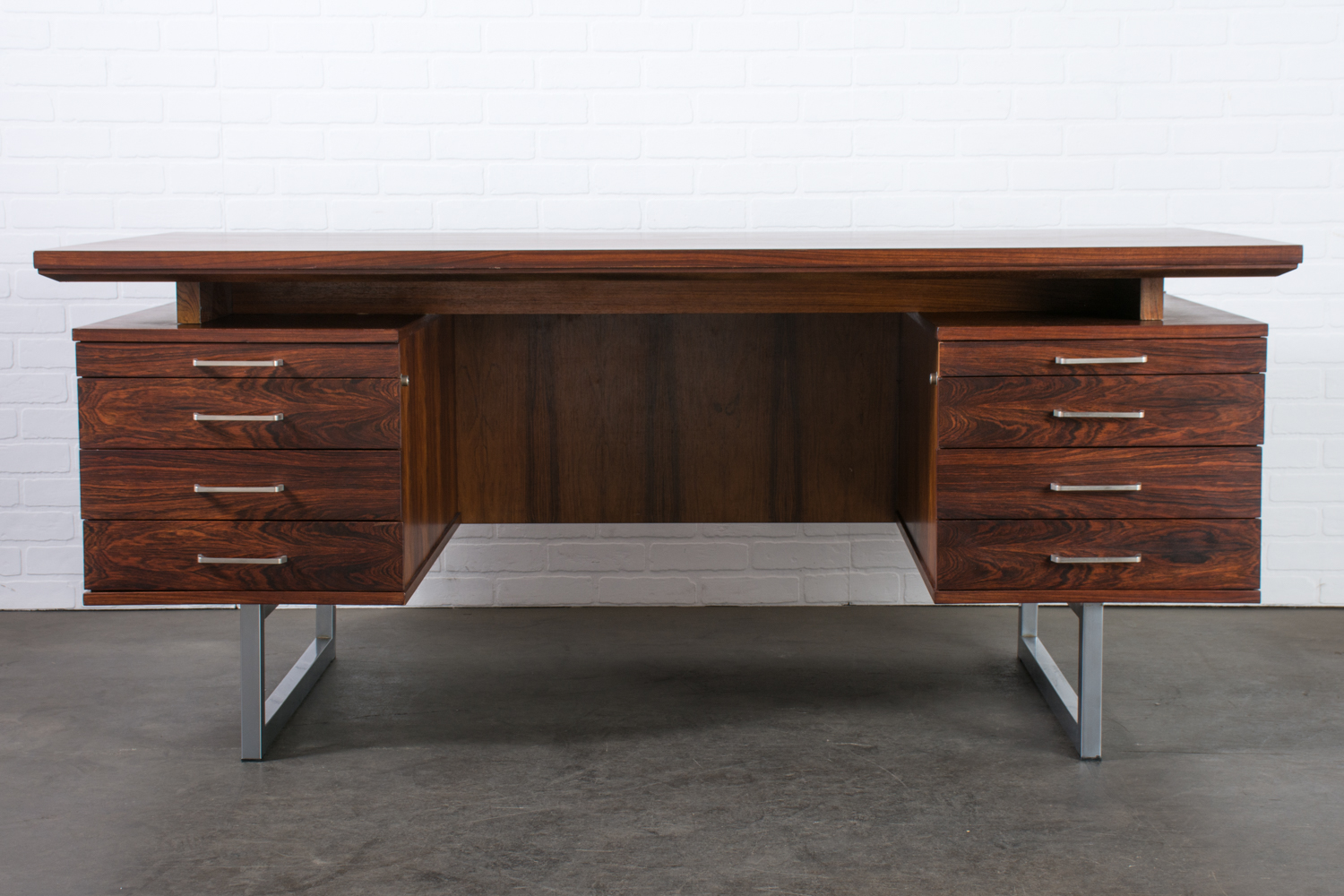 Mid Century Modern Rosewood Executive Desk 1960s Mid Century Modern Finds