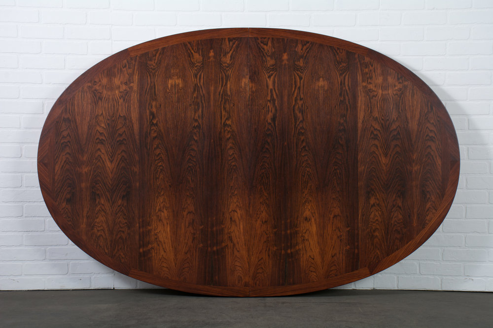 Vintage Mid-Century Rosewood Oval Table with Leaves