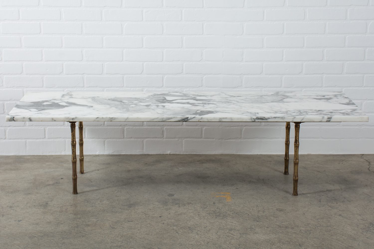 Picture of: Mid Century Marble And Brass Coffee Table Mid Century Modern Finds
