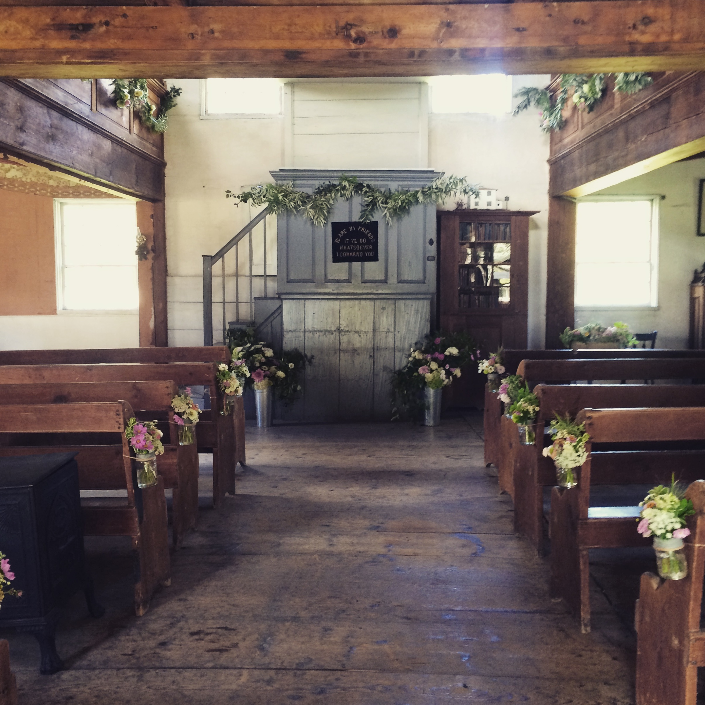 Beautiful wedding in the Historic White Chapel.