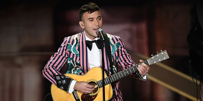 """Sufjan Stevens performs """"Mystery of Love"""" at the Academy Awards Sunday night. (Image courtesy of Getty)"""
