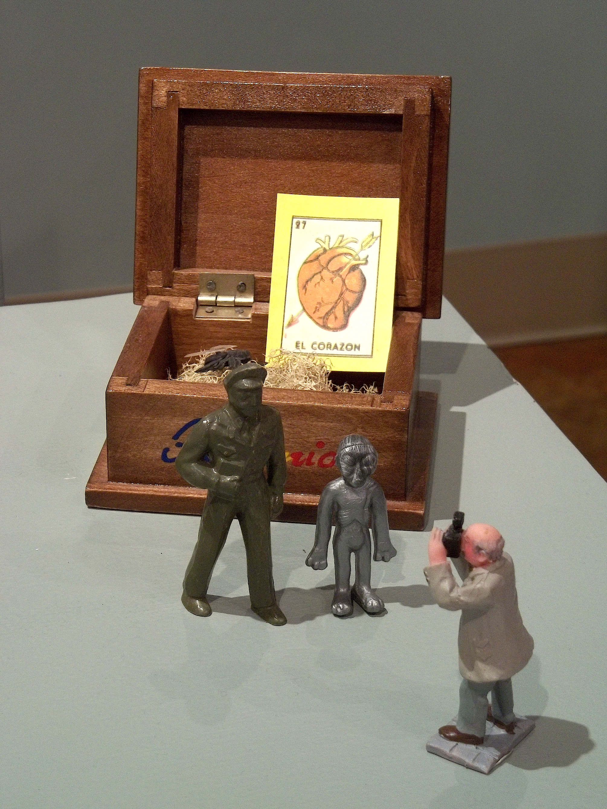 Dracula's Heart  Transylvanian souvenir box, moss, Corazon card, plastic figures  $250