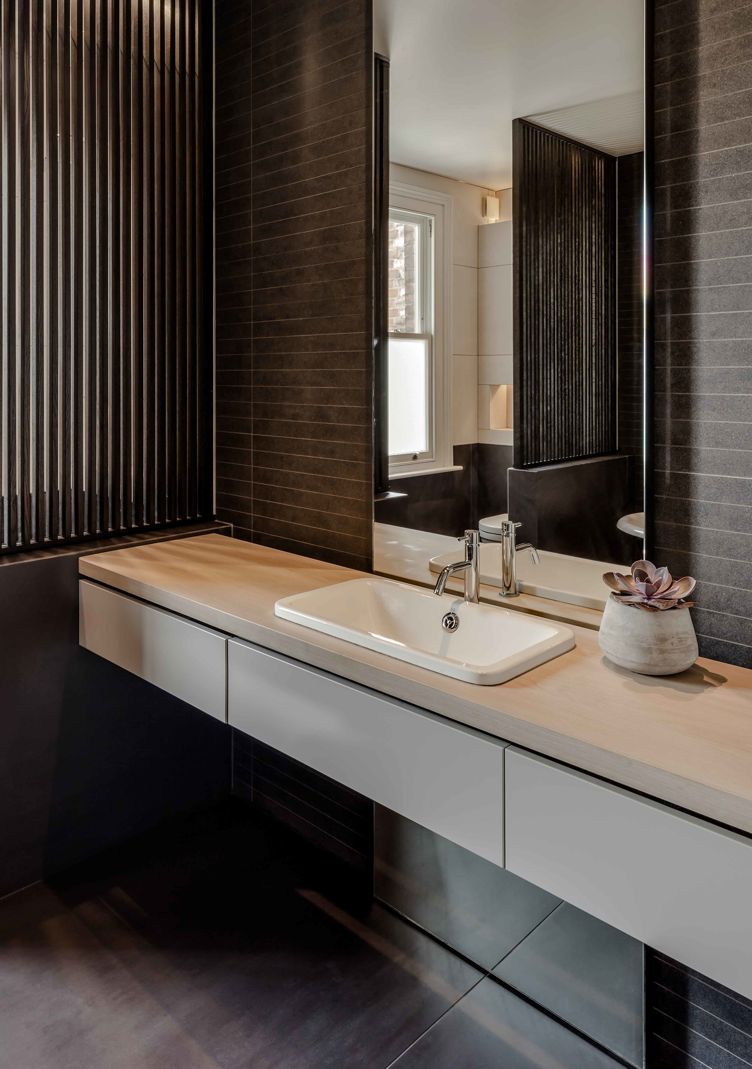 FL_Bathroom(iii)_web.jpg