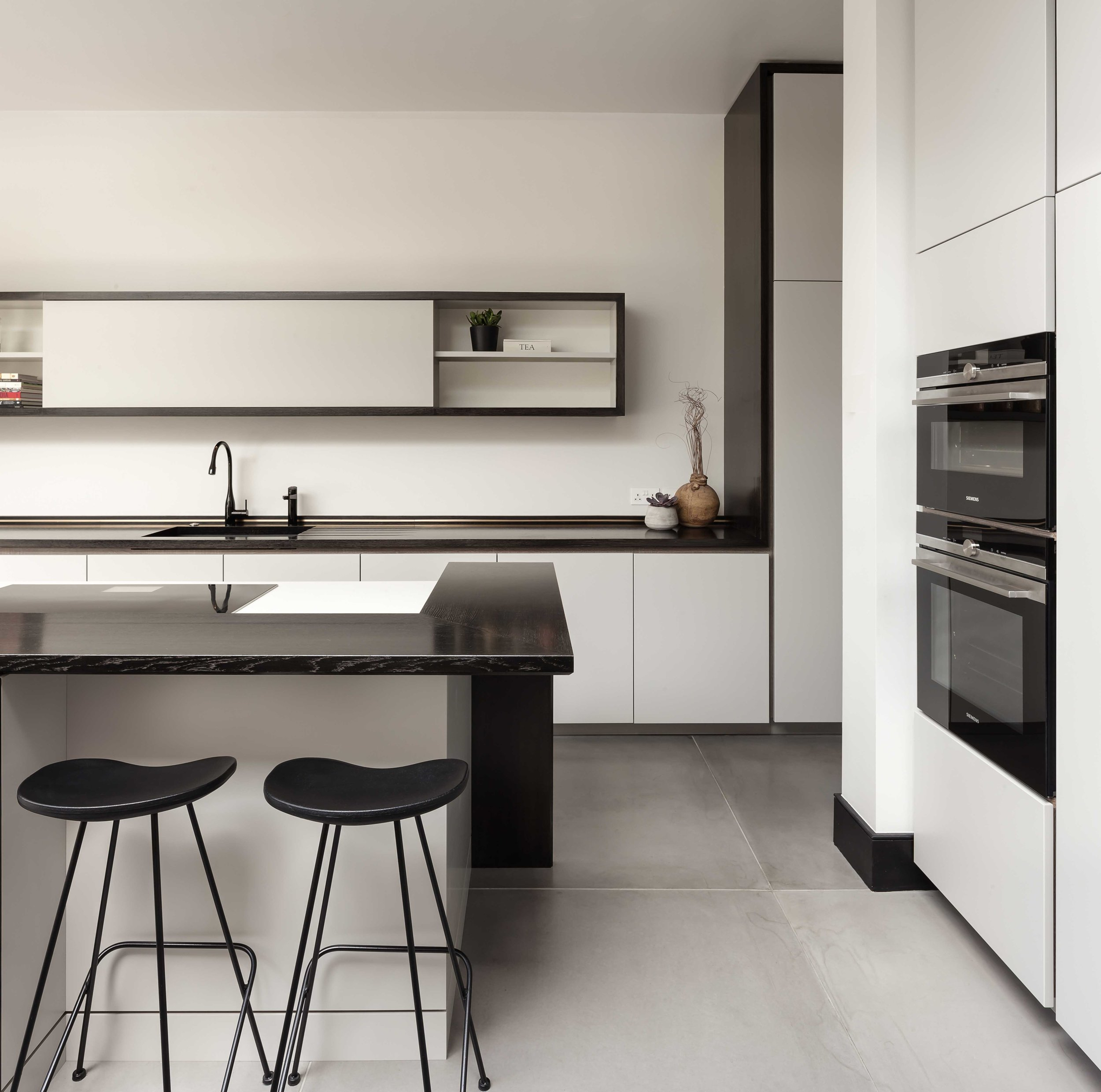 FL_kitchen(front)_web.jpg