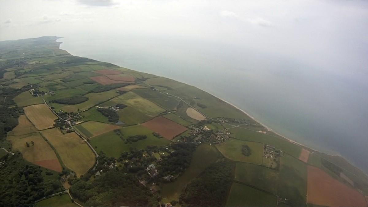 paragliding-toward-blackgang.jpg
