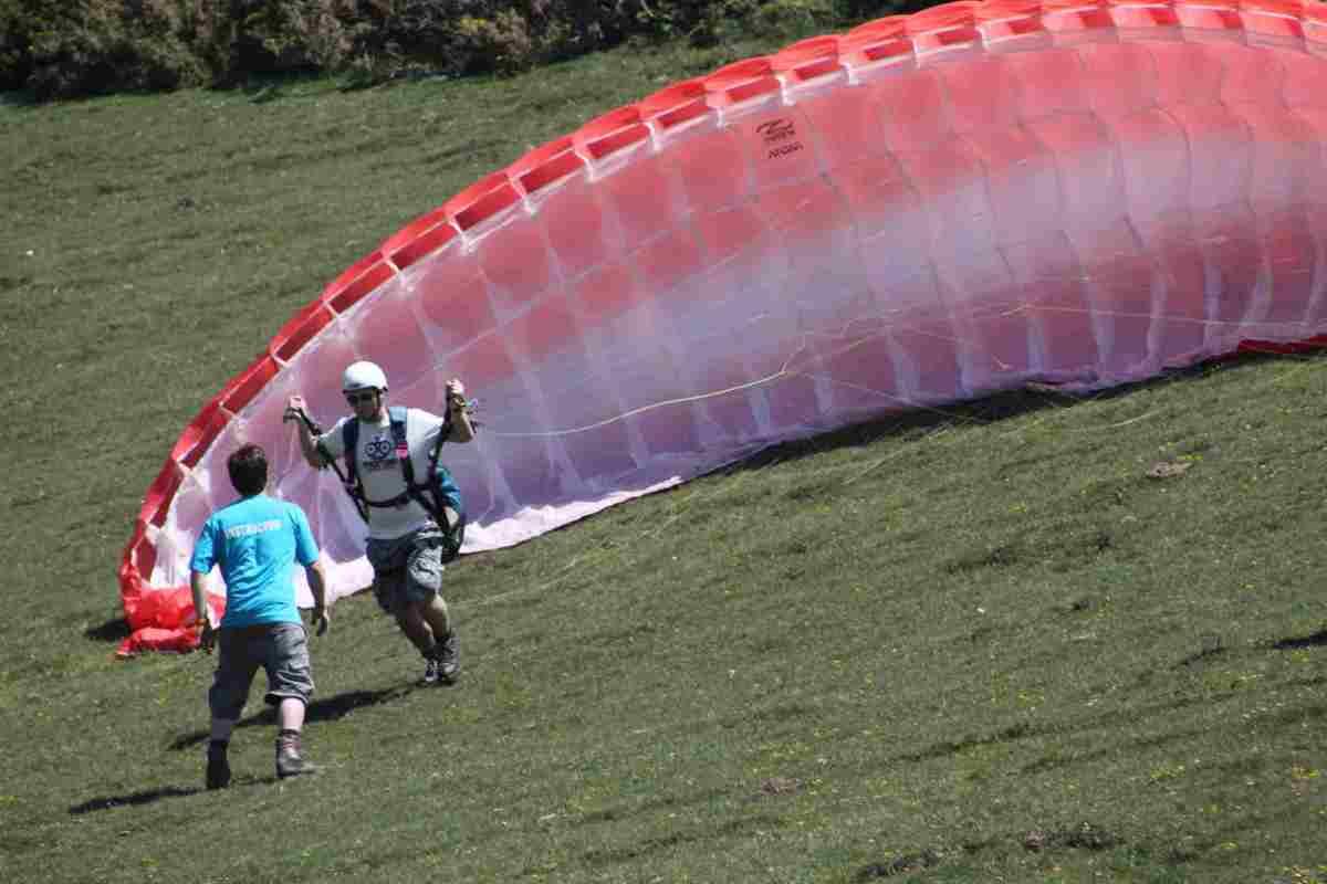 paragliding-launch.jpg