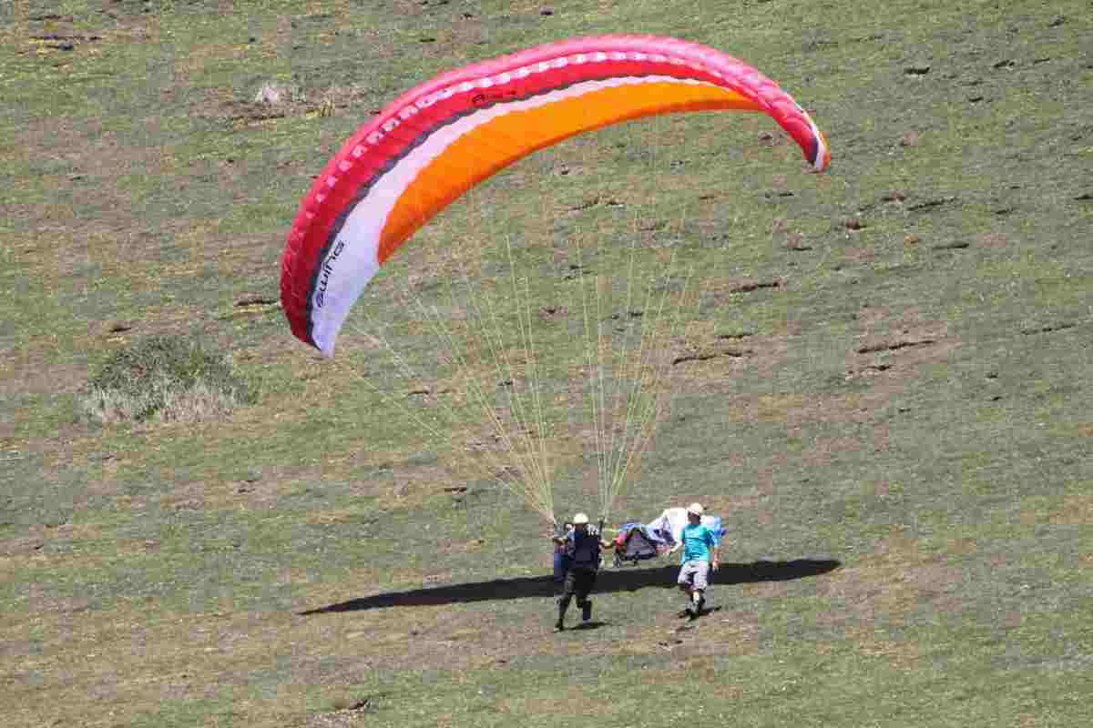 paragliding-takeoff.jpg