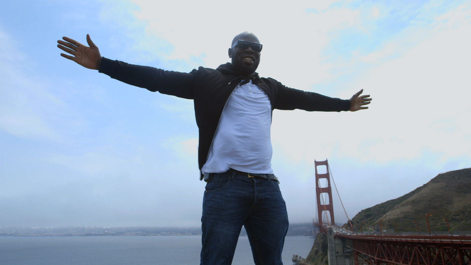 KG Golden Gate - Solo, with colour tweaks.jpg