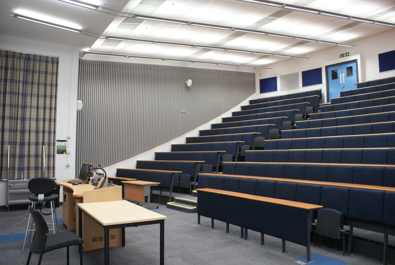 Crabtree Lecture Theatre, Mechanical Engineering - CTS 2015