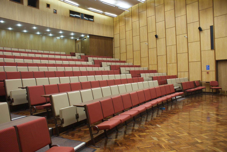 The Rupert Beckett Lecture Theatre, Michael Sadler Building - CTS 2009