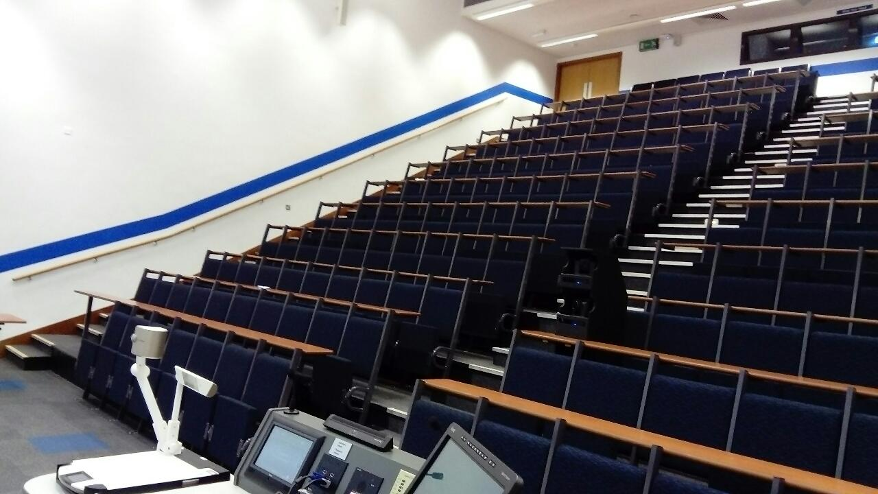 Worsley Medical Lecture Theatre - CTS 2015