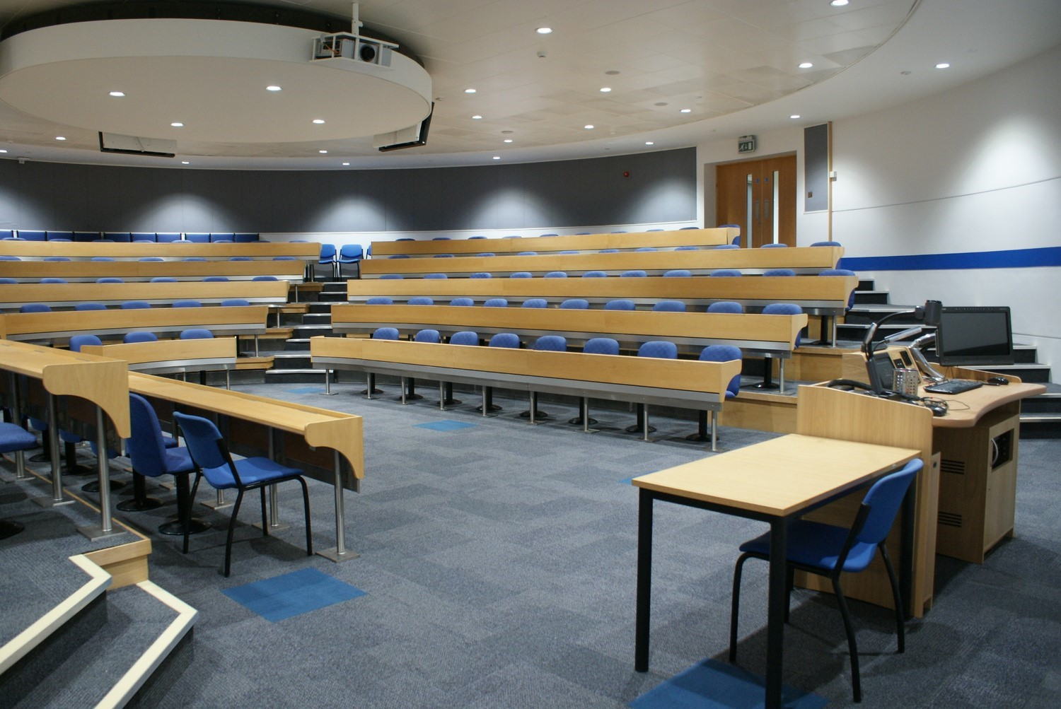 Business School Lecture Theatre - CTS 2013