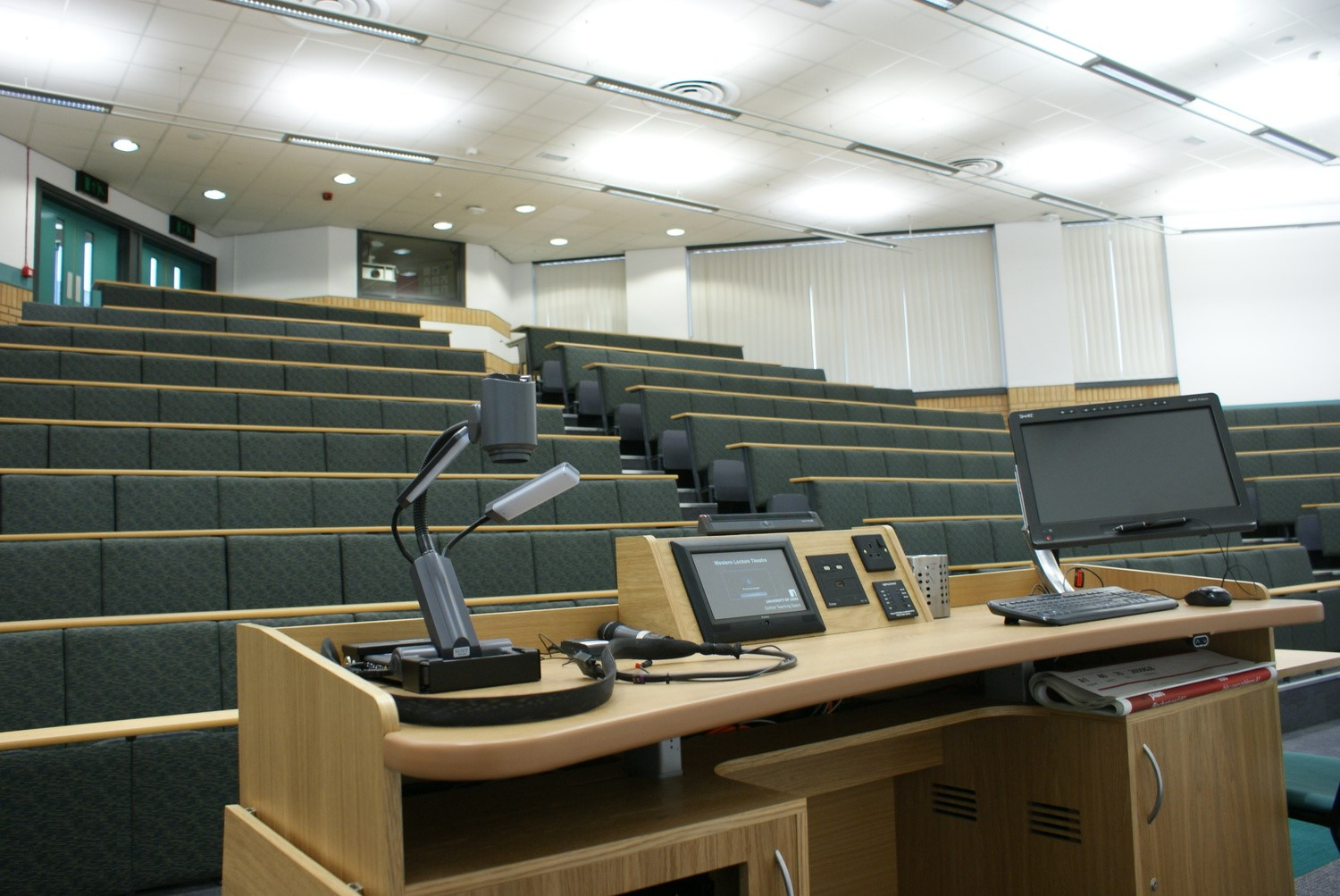 Western Lecture Theatre, Business School - CTS 2013